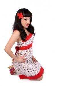 rot gepunktetes Kleid